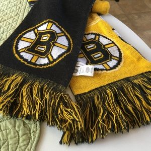 THE BOSTON BRUINS COLLECTIBLE SCARF NHL FOREVER